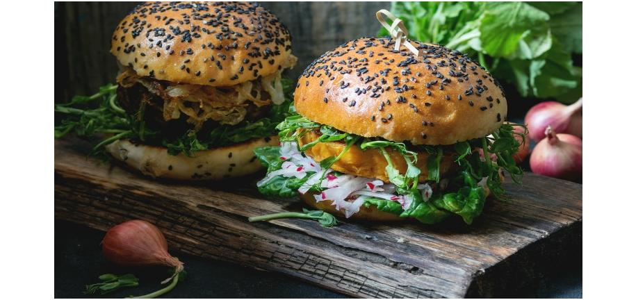 Tower Healthy Quick Dish: Carrot & Sesame Burgers